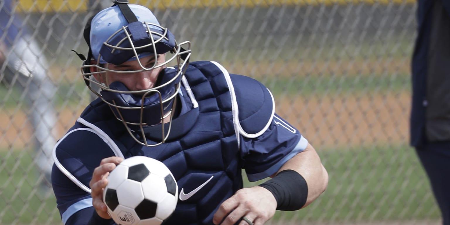 Mike Zunino makes adjustments to improve hitting