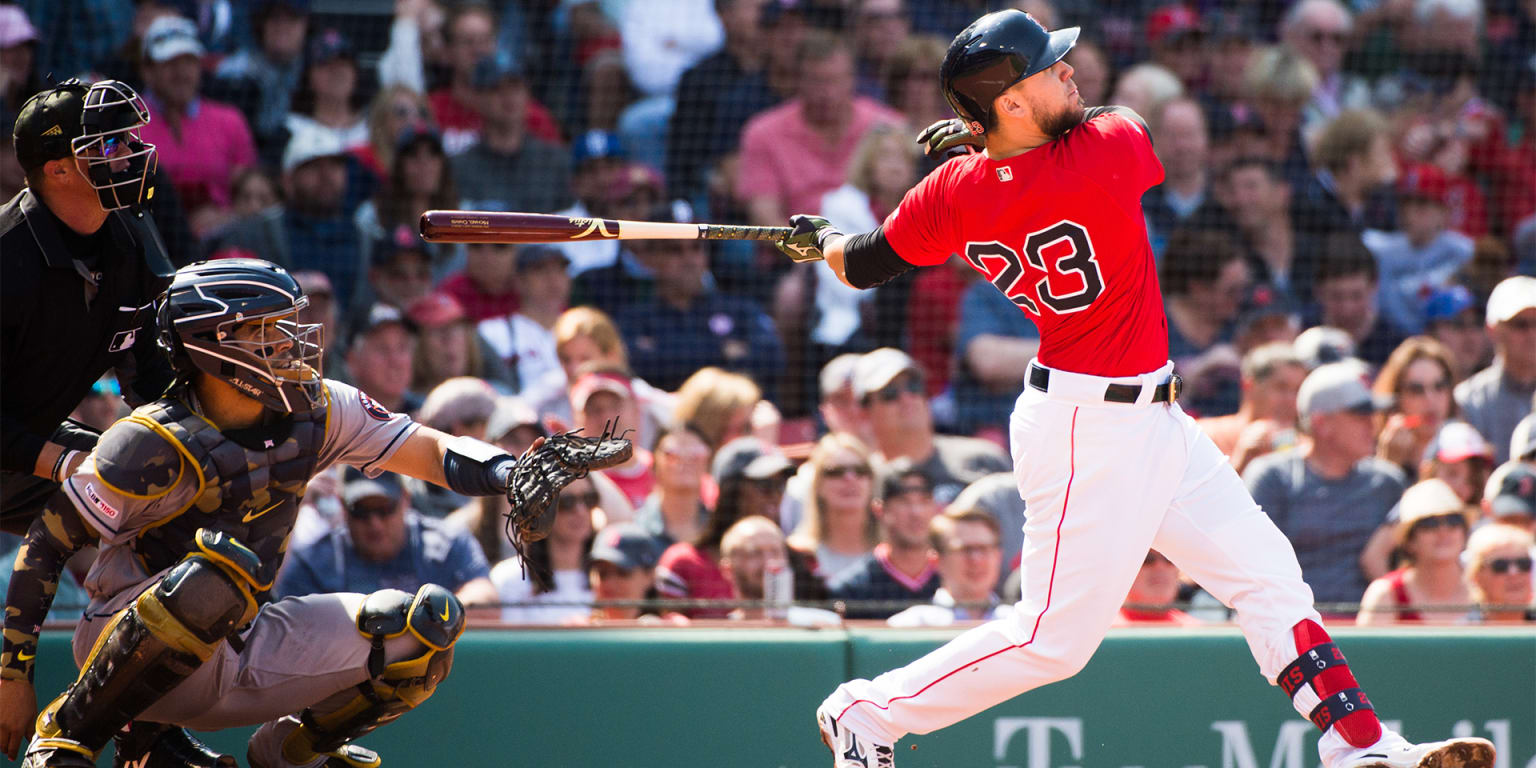 Everybody chips in as Sox end Astros' streak