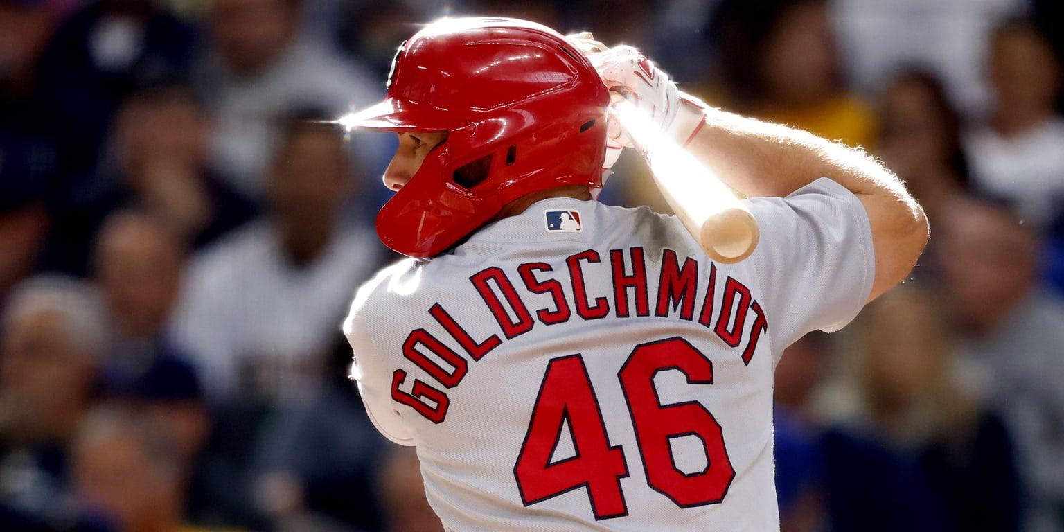 Goldschmidt da 2 HR y S.L. hila 12 triunfos