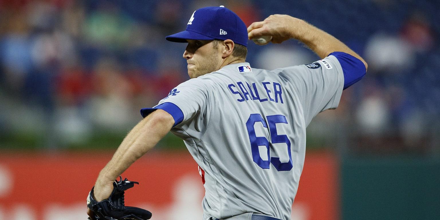Dodgers recall Sadler, place Floro on IL