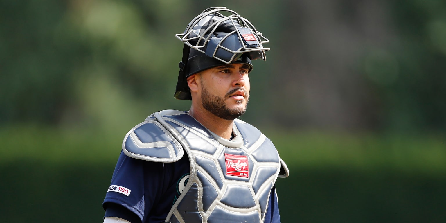 How catchers deal with more pitchers than ever