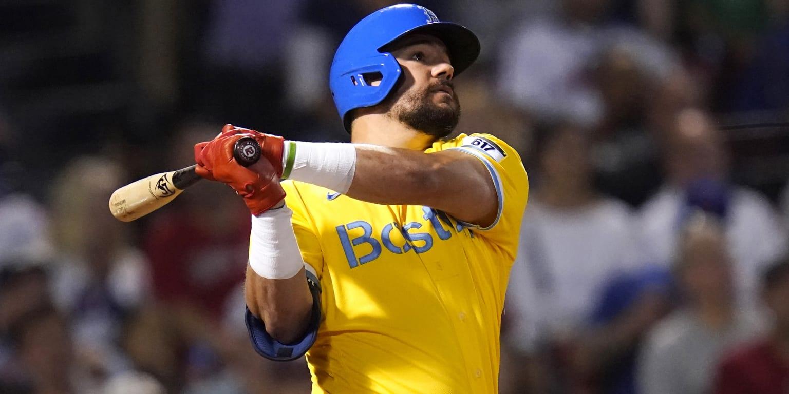 Schwarber da dos HR y Boston barre a Mets
