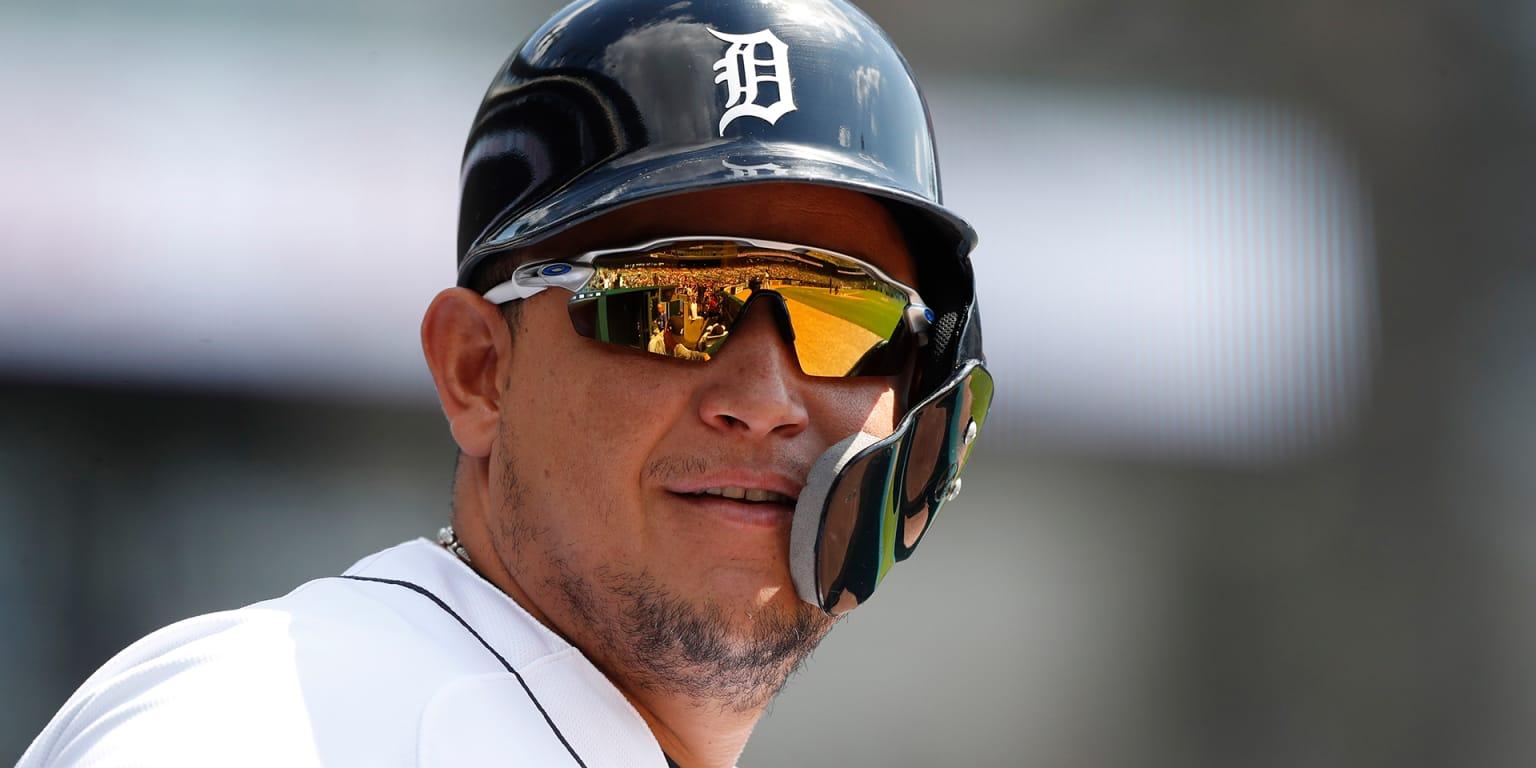 Miguel Cabrera focused on healthy 2020 | MLB.com Miguel Cabrera Father