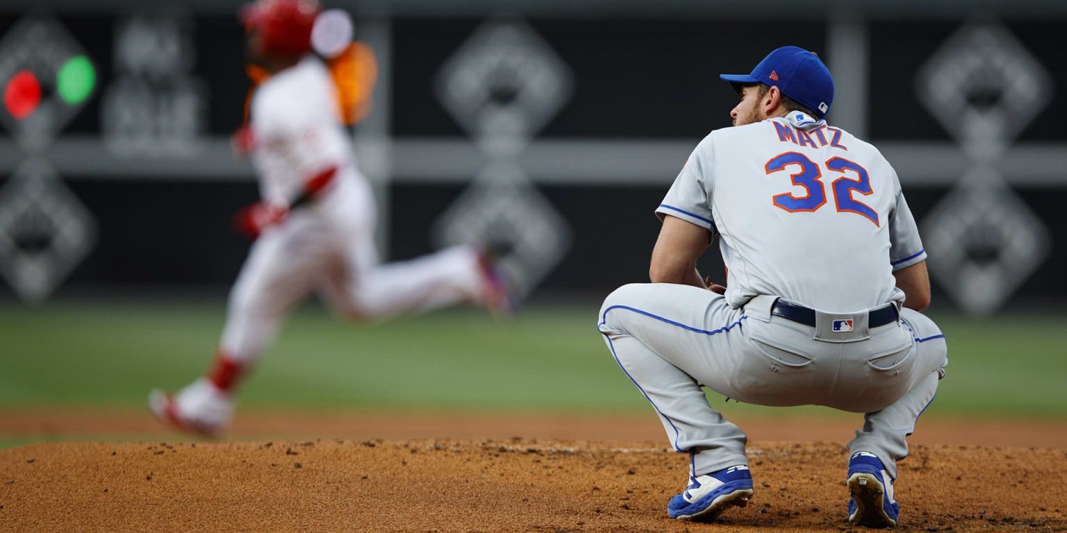Mets unable to rise above noise in Philly