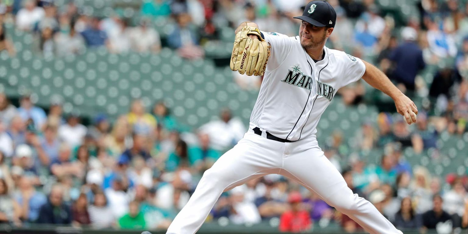 LeBlanc makes 1 mistake in effective bulk outing