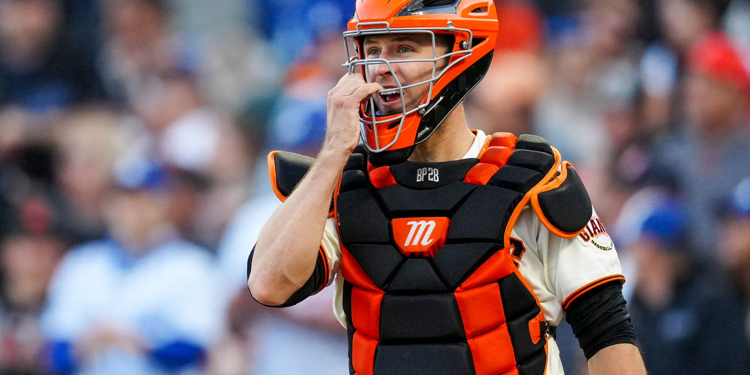 'Rung his bell': Posey dizzy after foul tip