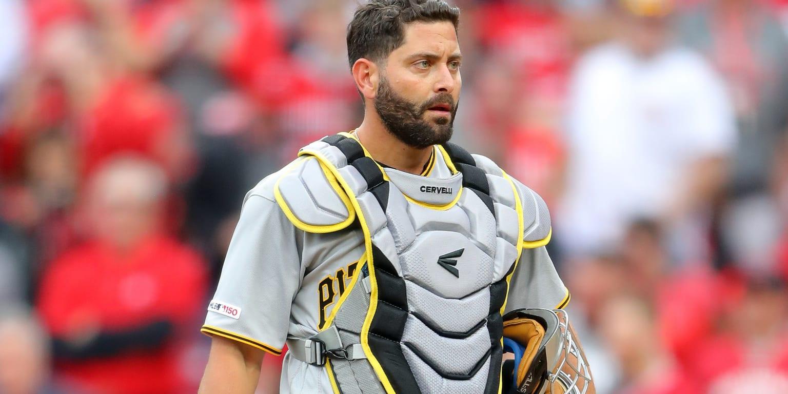 Pirates release Cervelli, next stop Atlanta?