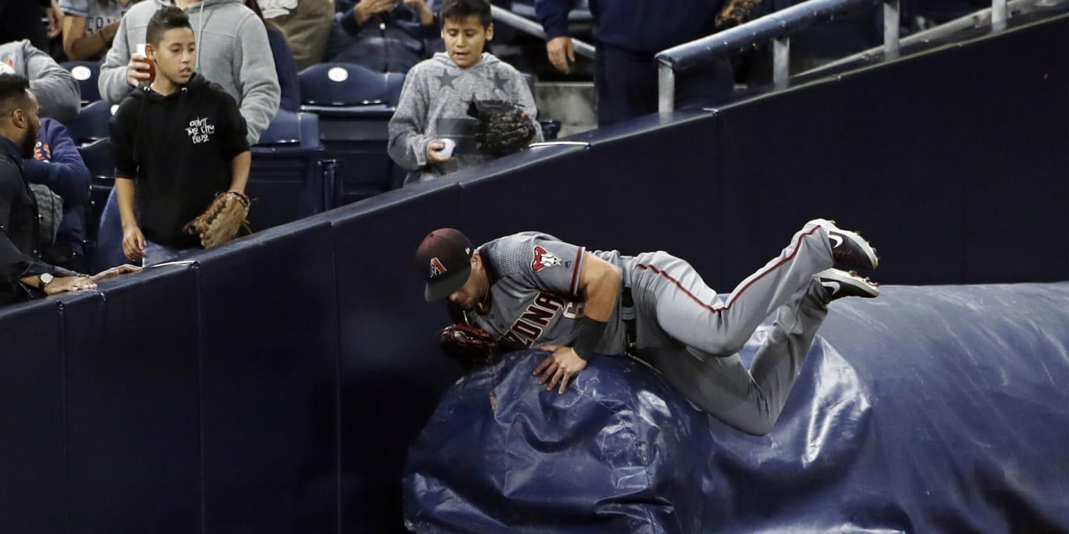 Shoulder injury lands Peralta on the shelf