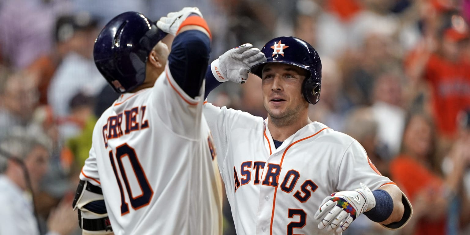 Astros' stars shine bright in win No. 50