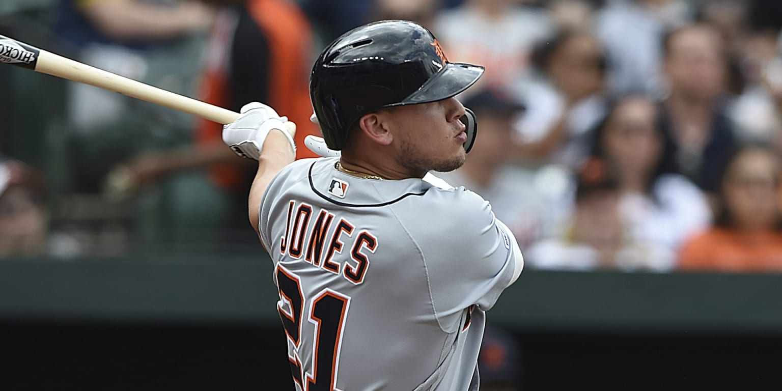 Jones sustains elbow contusion on hit-by-pitch