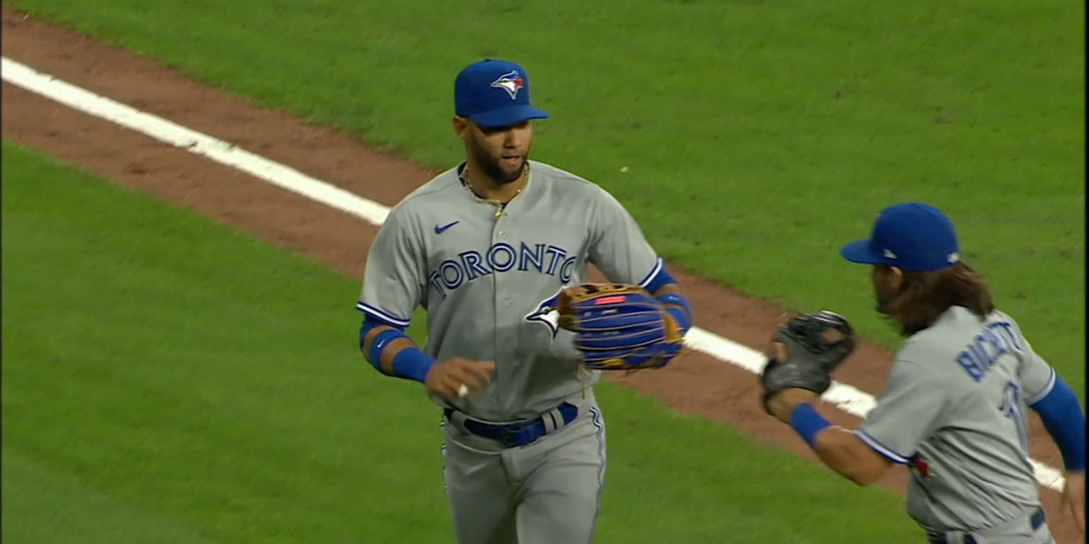 Gurriel Jr. nails Straw with absolute seed