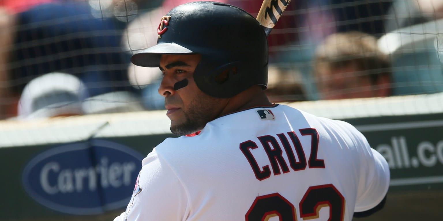 No surgery for Cruz (wrist) is 'very good news'
