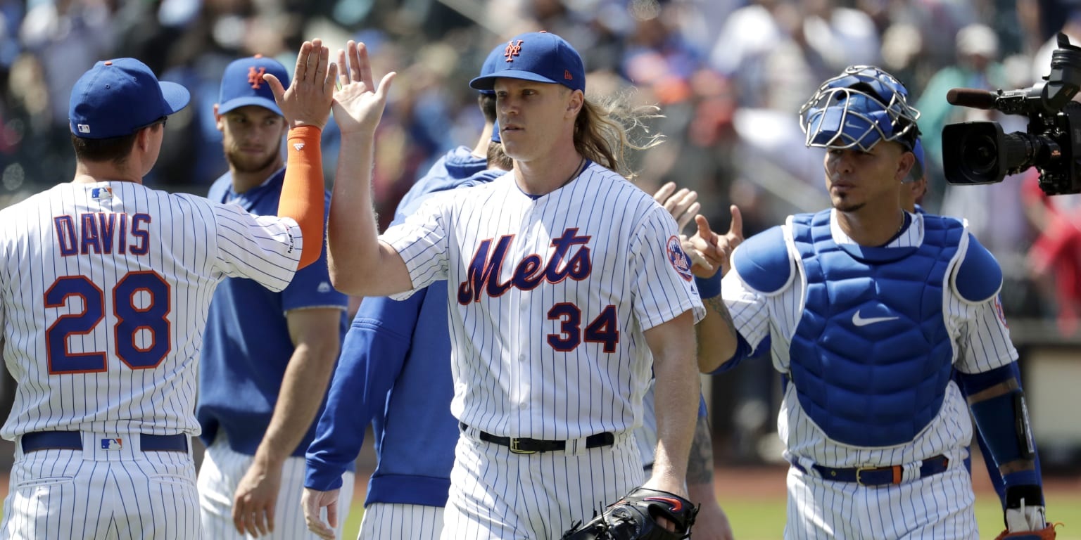 Noah Syndergaard Hits Sixth Career Homer Mlbcom