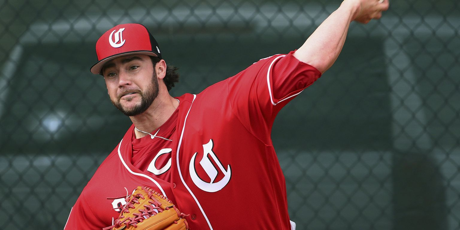 Reds reassign 5 players in Spring Training