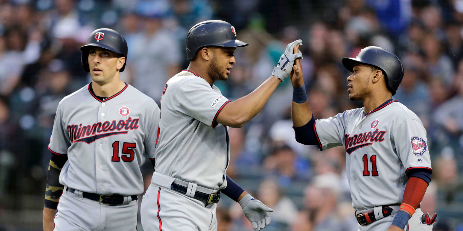 Twins hit for HR cycle, score 18 to rout Mariners