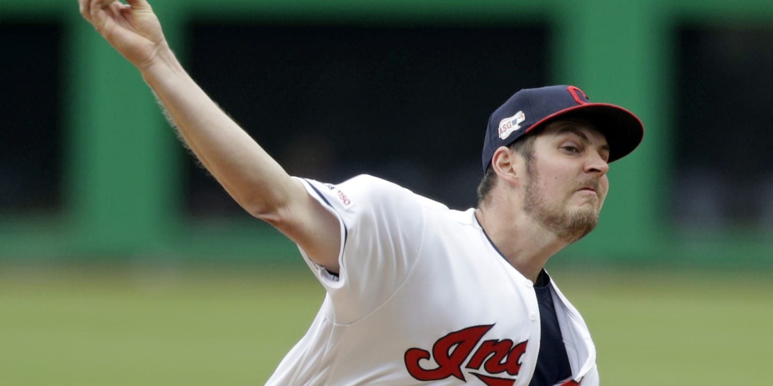 Bauer battles, but struggles with his command