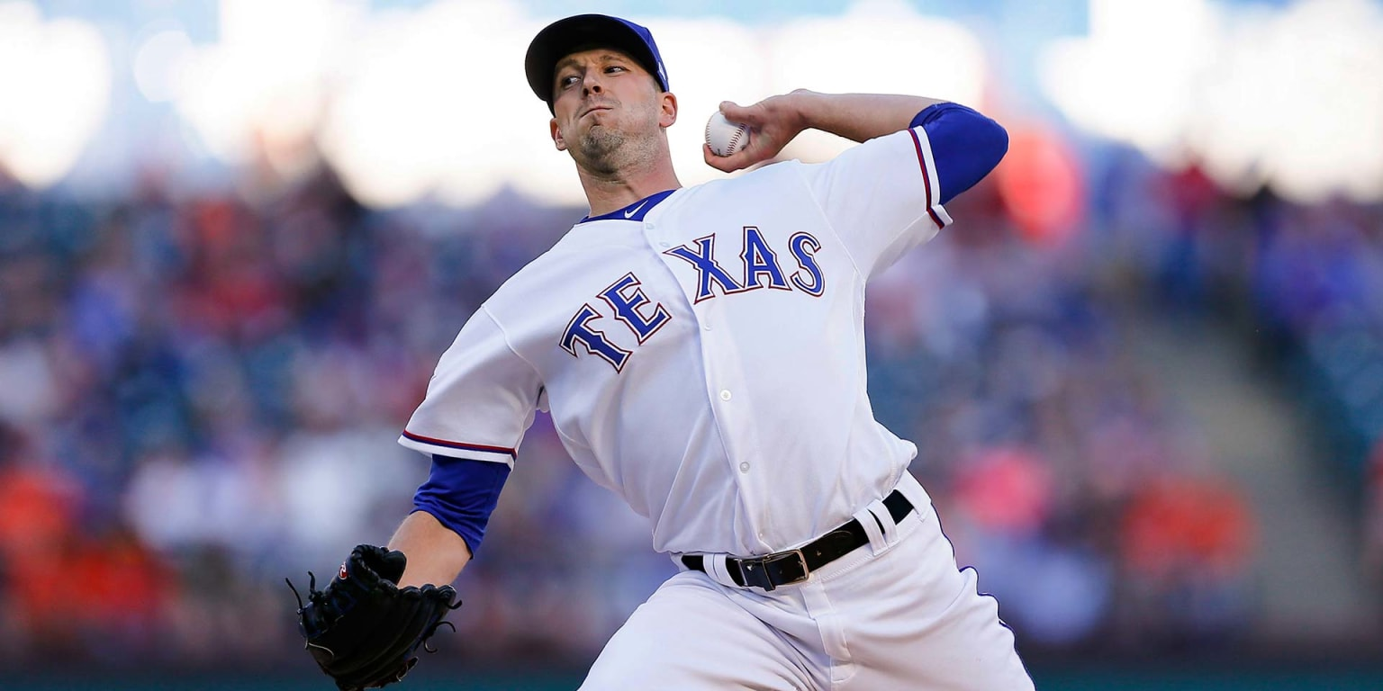 Drew Smyly strikes out 8 in Rangers' loss to Astros