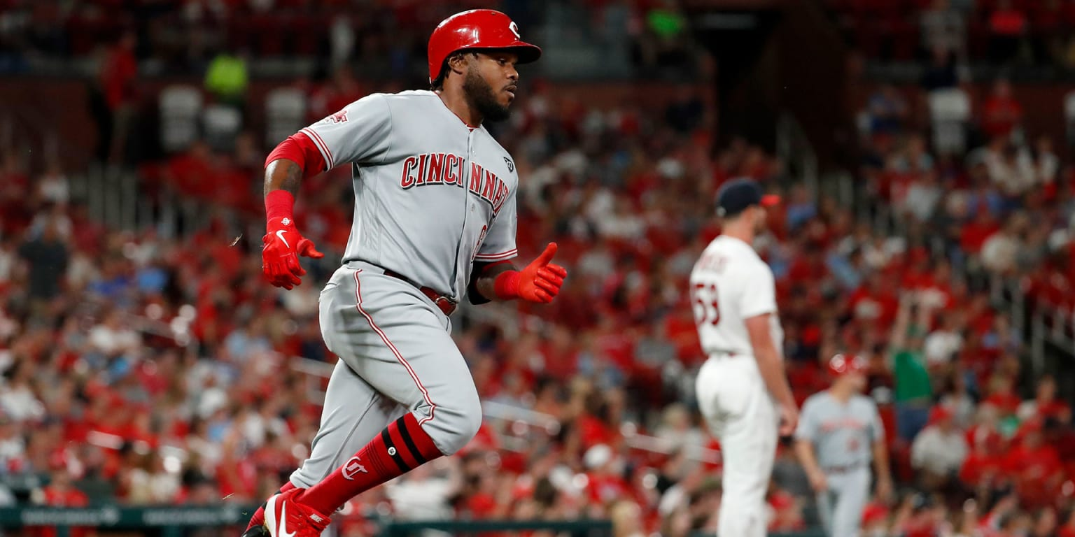 Ervin flirts with cycle as Reds take nightcap