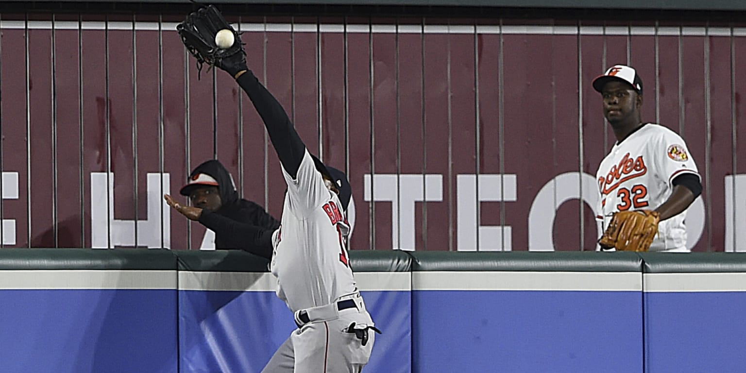 JBJ's homer robbery nabs Top Play honors