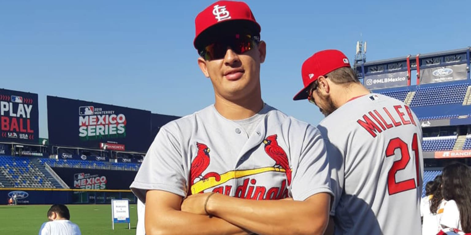 Giovanny Gallegos joins Cards in native Mexico