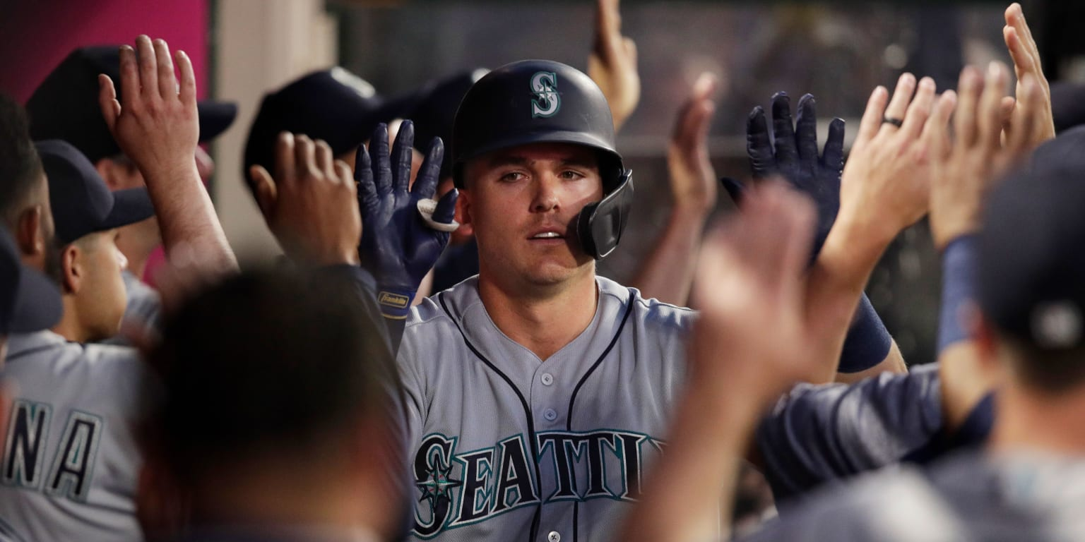 Ryon Healy homers twice as Mariners win wild game