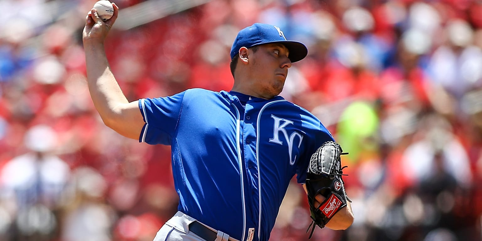 Keller's success help Royals cruise in Game 1