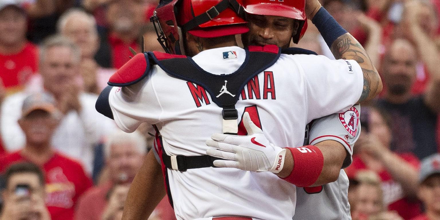 Albert Pujols And Yadier Molina Hug At Home Mlbcom