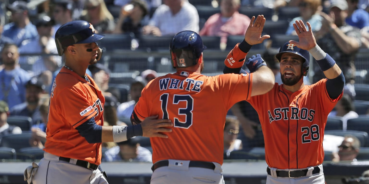 Astros bust out with 4 HRs to back JV in Bronx