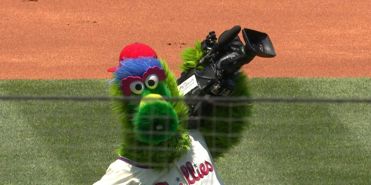 The Phillie Phanatic stole a camera and filmed some tremendous content
