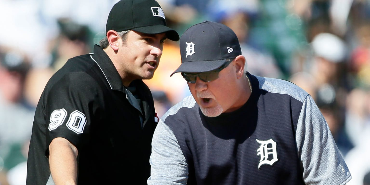 Gardy was changing pitchers on record ejection