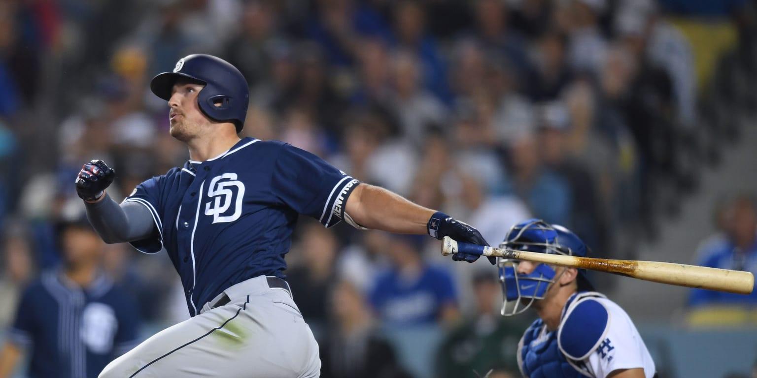Renfroe's homer gets Padres back in win column