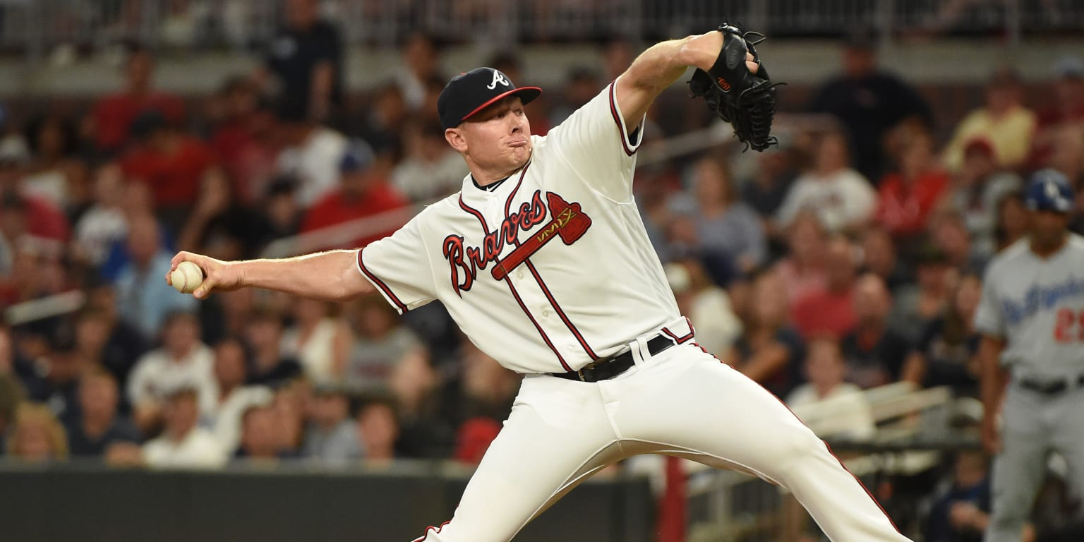 Braves' bullpen rises to occasion vs. Dodgers