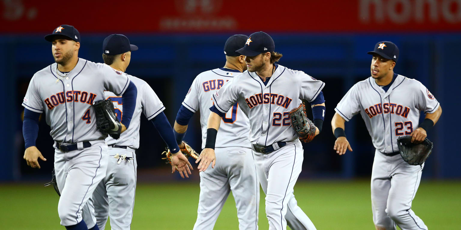 How Astros' postseason roster is shaping up