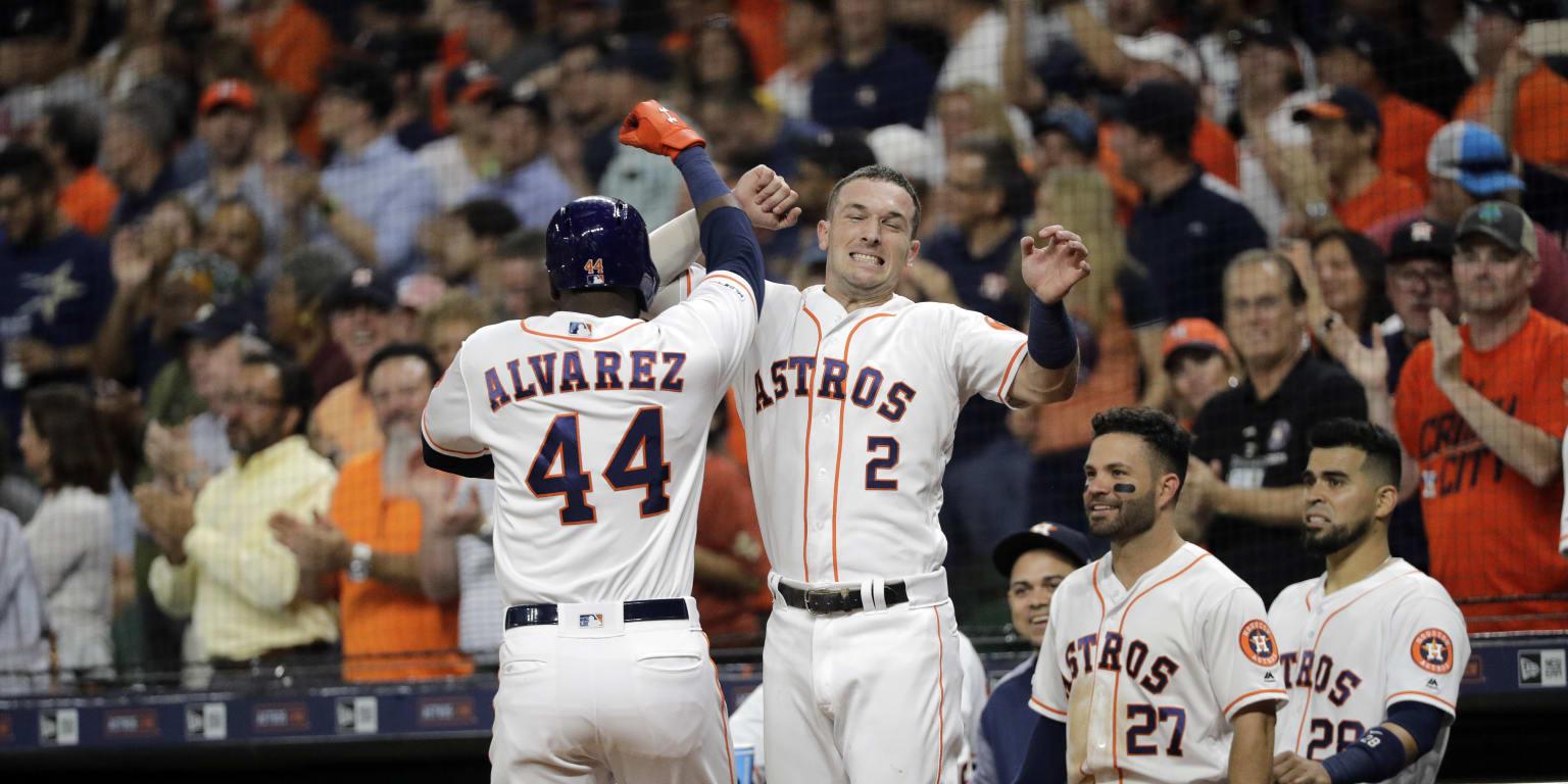Astros blast way to record-setting night