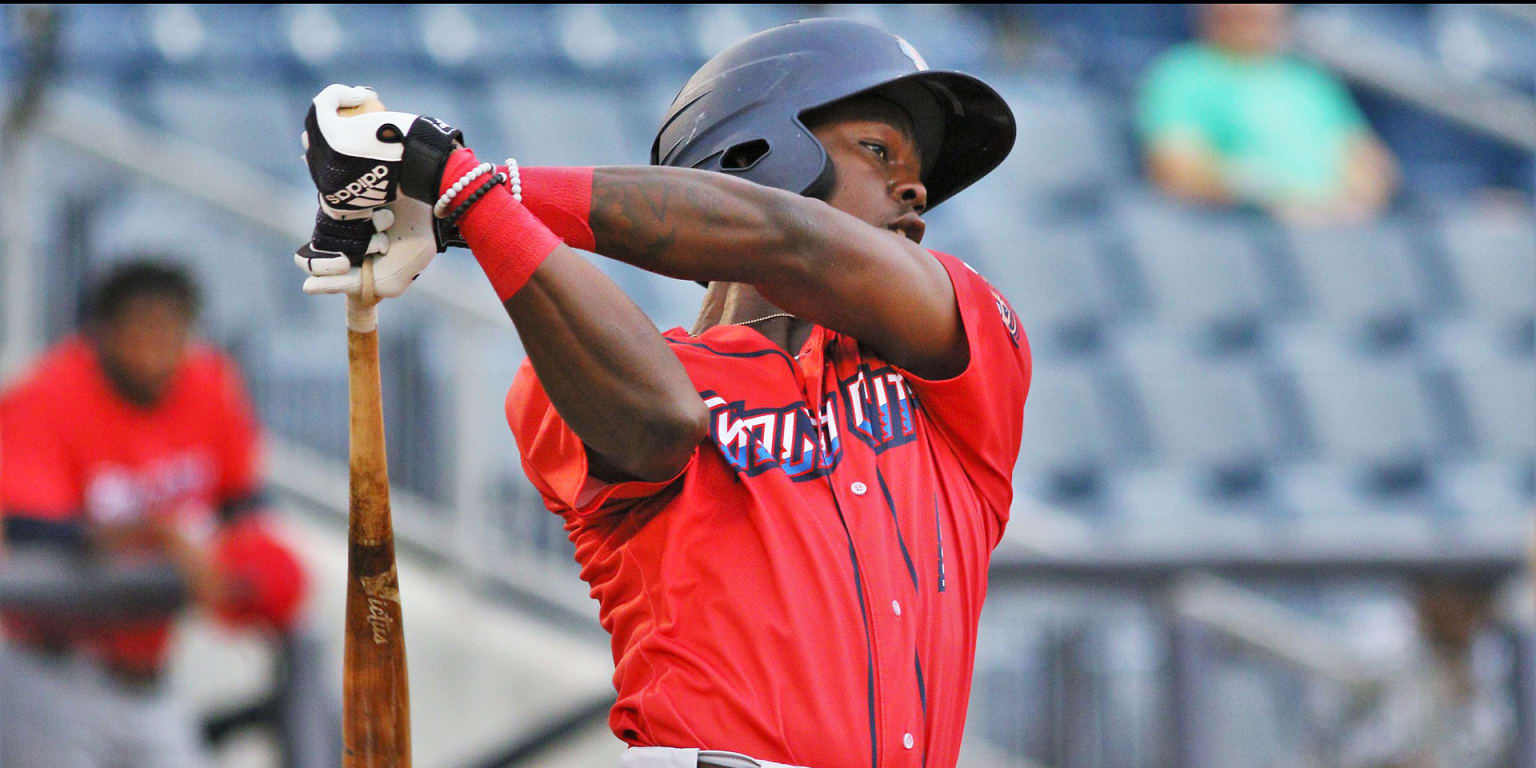Future is bright for Marlins prospect Chisholm