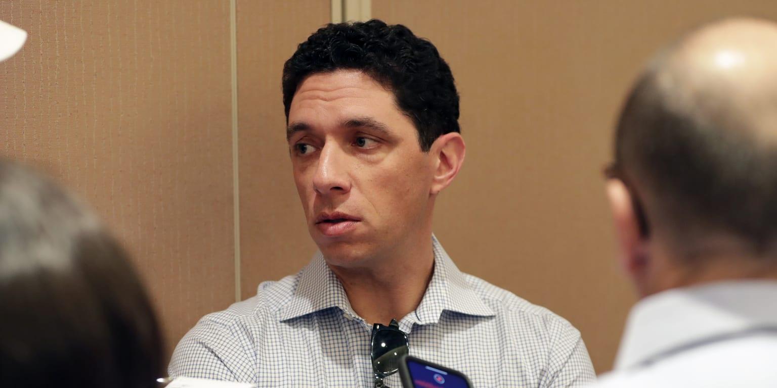 Daniels seeks bat but says Arenado 'unlikely'