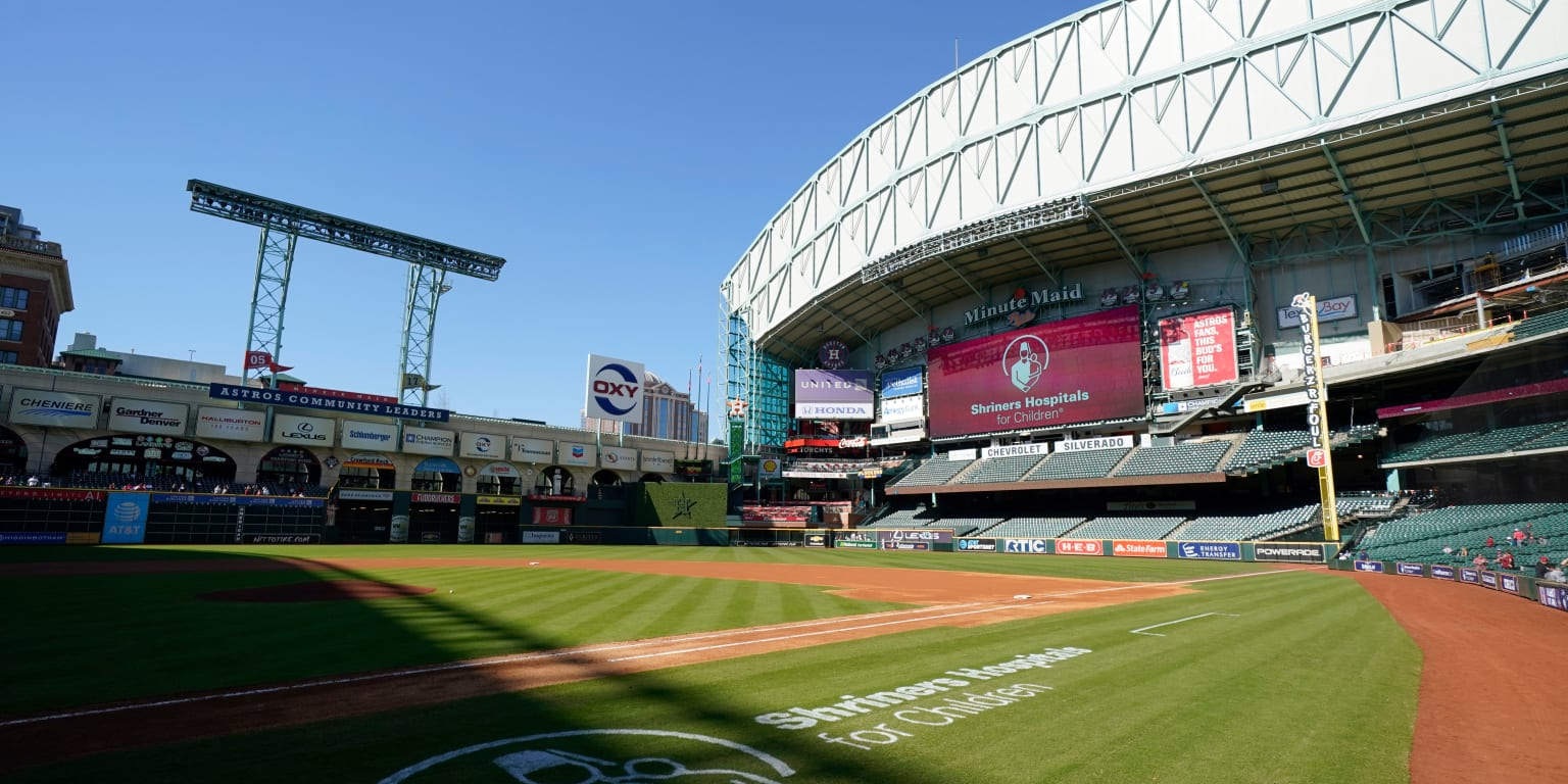 Astros open facilities for individual workouts