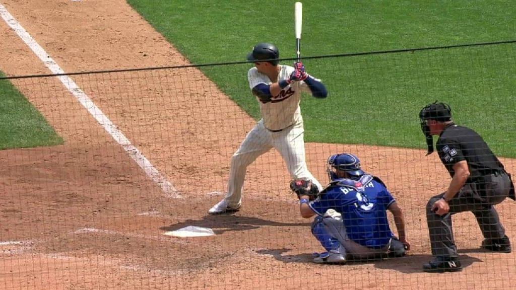 Logan Morrison goes to DL with hip impingement | MLB com
