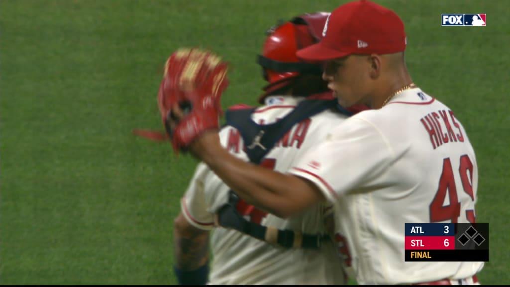 Hicks closes the game vs. Braves