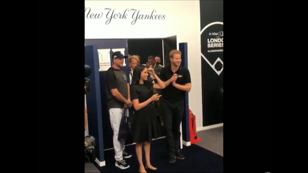 Realeza visita a los Yankees