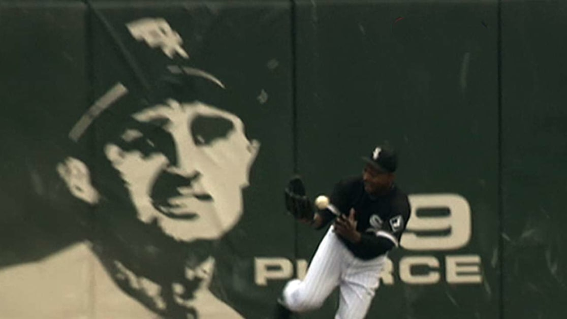 Wise robs homer, saves perfecto